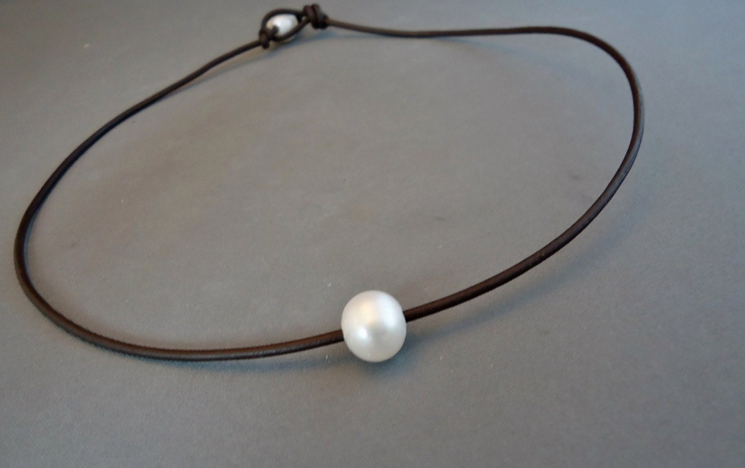 Special Price Single Pearl Leather Choker Necklace  Product Images Of