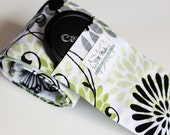 Camera Strap Cover - for DSLR cameras -Made with high quality padding - Glamor girl floral