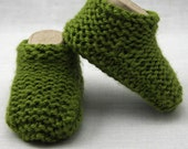 Woodbine Green Baby Slipper Booties 0-6 months