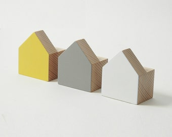Beech wood wall hooks, casas design, yellow, grey and white colours