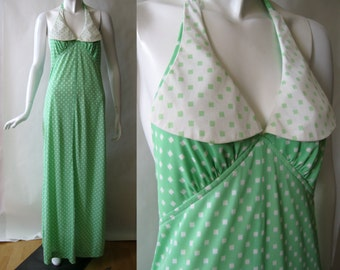 1970's halter dress, long, with bold contrast collar, in spring green and cream dotted square print, medium (8 - 10)