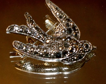 vintage Marcasite Swallow pin metal stones bird