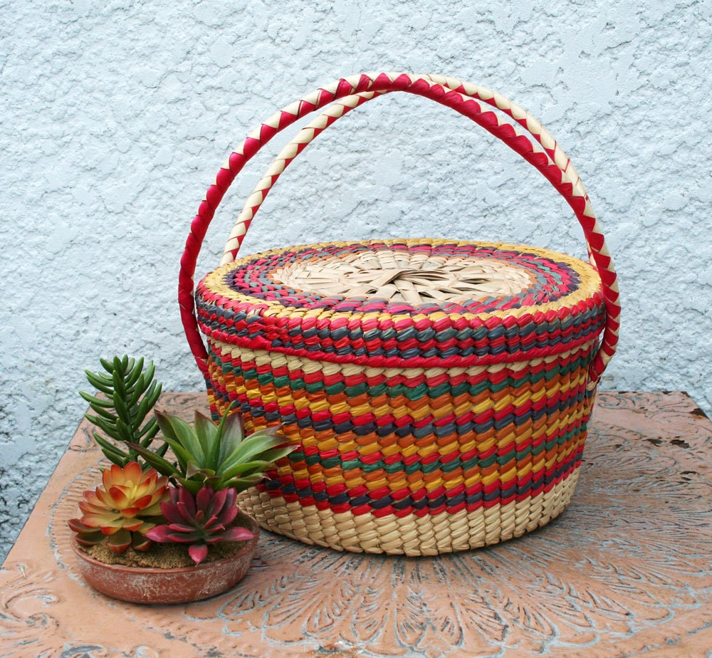 Woven Yarn Basket : Colorful round woven wicker basket with lid and handles
