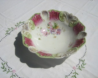 Beautiful Bavarian Bowl Painted Flowers Scalloped Edge Collectible Antique