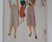 Vintage 40s Back Pleated Skirt Pattern McCall 7003 Waist 28