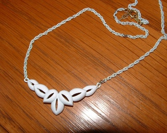 Vintage Trifari White Enameled Necklace / Choker with Metal Hangtag