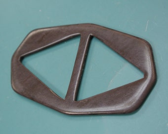 Vintage 1940s unused dark brown plastic buckle for your sewing prodject