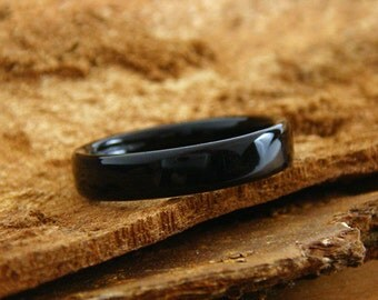 Bentwood Ring Ebony
