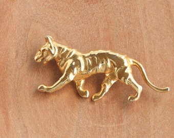 Panther Brooch Vintage Walking Cat Figural Pin