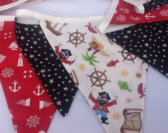 Pirate Bunting - 12 mixed size flag bunting 8.5ft party banner, boys bedroom