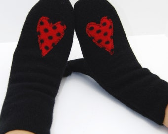 Mittens in Black with Red Polkadot Hearts - Recycled Wool - Fleece Lined