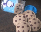 Felt Chocolate Chip Cookies in winter cookie jar, play food, felt food cookies, felt food, pretend play food