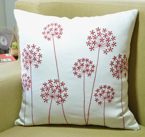 Red Queen Ann Decorative Pillow Cover, White Linen Throw Pillow Cover , Holiday Couch Pillow ...