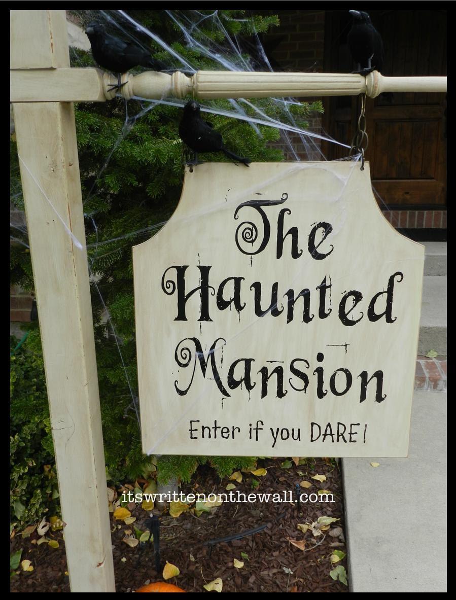 haunted mansion outdoor sign decoration vinyl lettering for. Black Bedroom Furniture Sets. Home Design Ideas