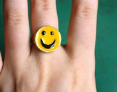 SALE- VTG 90's Smiley Face Ring