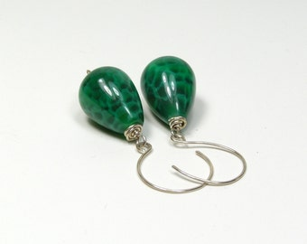Green Agate Earrings - Sterling Silver - Crackle - Agate - Green - Emerald