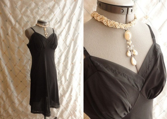 60s Lingerie // Vintage 1960s Black  Vanity Fair Slip 36 Size M