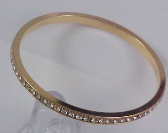 REDUCED~~ Pave DIAMANTE by AVON Eternity Gold Plate Bangle