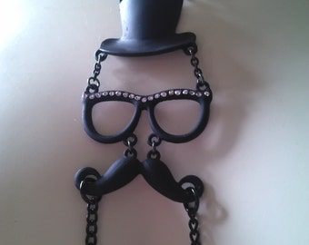 Nipple Jewelry - Necklace and Connecting Chain - Mustachio'd