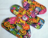 "Halloween - Costume Cats  - 7.5"" inch - 3L - Reusable Cloth Pad"