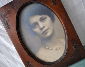 Romantic Edwardian Vintage 1920s Portrait Photograph of a Pretty Young Woman