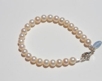 fatdog Bracelet - B1103 White Freshwater Pearl - 7mm - Single Strand Bracelet - 7 1/2 inch with Sterling Silver Lobster Clasp