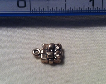 Gift Box Charm Sterling Silver