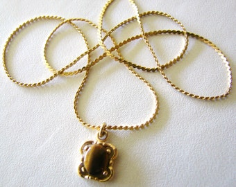 Vintage gold necklace with tigers eye pendant (S9)