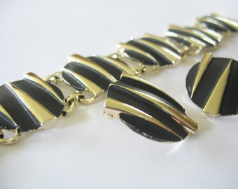 Link Bracelet Earrings, Round, Striped, Rocker, Gold, Funky, Black Enamel, 1980's, Clip on, Triangles, Atomic