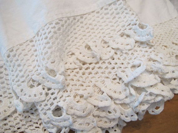 Vintage White Cotton Bedskirt Crochet Lace Trimmed by BettyandBabs