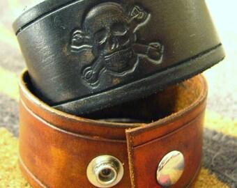 Skull and Cross Bones Leather Bracelet