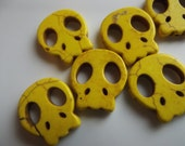 Yellow Skull Howlite Beads 20mm - 8 Pieces