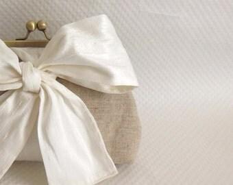 Wedding Purse - Ivory Bridal Clutch - Wedding Clutch - Bridesmaids Clutch- Bridesmaids Gifts - Evening Purse - Mari Clutch