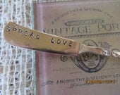 """SALE SPREAD LOVE Lovely Vintage 6 1/2"""" Silver Plated Butter Knife"""