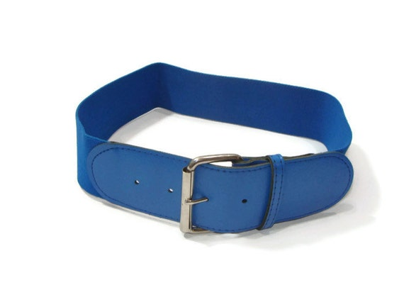 vintage blue stretch belt (etsy)