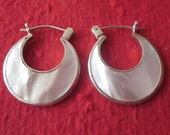 Sterling Silver White mother of pearl Hoop Earrings  / silver 925 / Bali handmade jewelry / 1 inch long