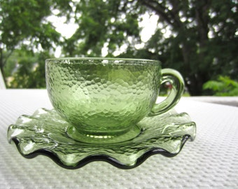 Vintage 1960s Pebblestone Hazel Atlas Glass Avocado Green Set Cups Saucers Bowls