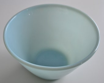 Fire King Splash Proof Mixing Bowl Delphite Blue