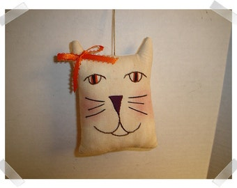 Cat Ornament/ Muslin Fabric /Hand Embroidered/Handmade*