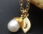 Personalized White Pearl Solitaire Necklace Gold Filled Pendant Necklace Bridal Party Jewelry