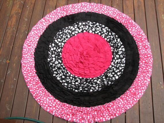 pink and black polka dot chunky shag rug. Black Bedroom Furniture Sets. Home Design Ideas
