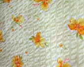 40s 50s Yellow Floral Seersucker Fabric // 36 inch Vintage Cotton Seersucker Fabric // Soft Yellow Cotton Plisse