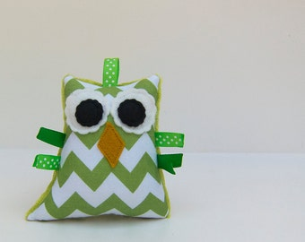 Plush Owl Chevron Rattle Softie Baby Toy Minky Zig Zag Green White