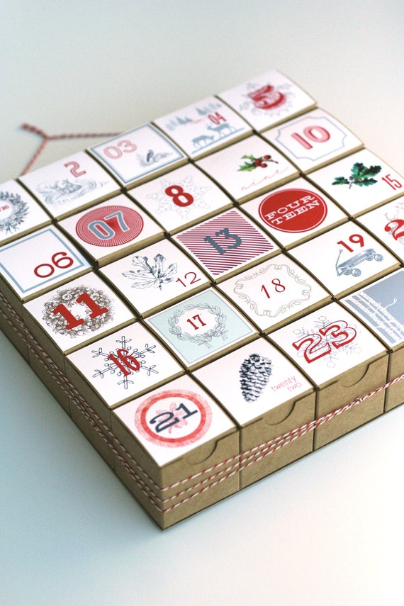 Advent Calendar / Christmas Countdown / Christmas Count Down / Christmas Calendar / Vintage Style Decoration / Vintage Style Advent Calendar