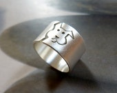 Dog ring, Sterling silver ring, wide band, personalized pet, dog lover gift, birthday gift, pet memorial jewelry, dog jewelry, gift for her