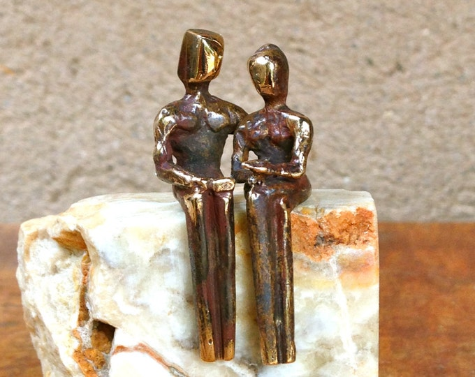 Miniature bronze sculpture by Yenny Cocq, small yet exquisite a real gem for the collection. A gift and gesture of appreciation.