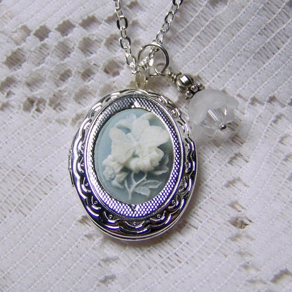 Butterfly Cameo Locket - Silver - Neo Victorian Jewelry - Butterflies & Flowers Dimensional - Blue and White