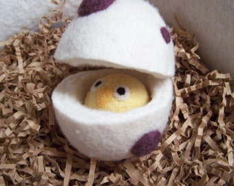 Wool Felt Easter Egg with Baby Chick