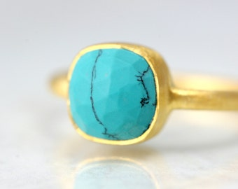 SALE - Turquoise Gold Ring - Cushion Cut Gemstone Ring - December Birthstone Ring - Blue Gemstone Gold Ring - Minimal Gold Gemstone Ring