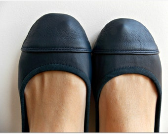 LUNAR- Ballet Flats - Leather Shoes -40 -Navy Blue. Available in different colours & sizes
